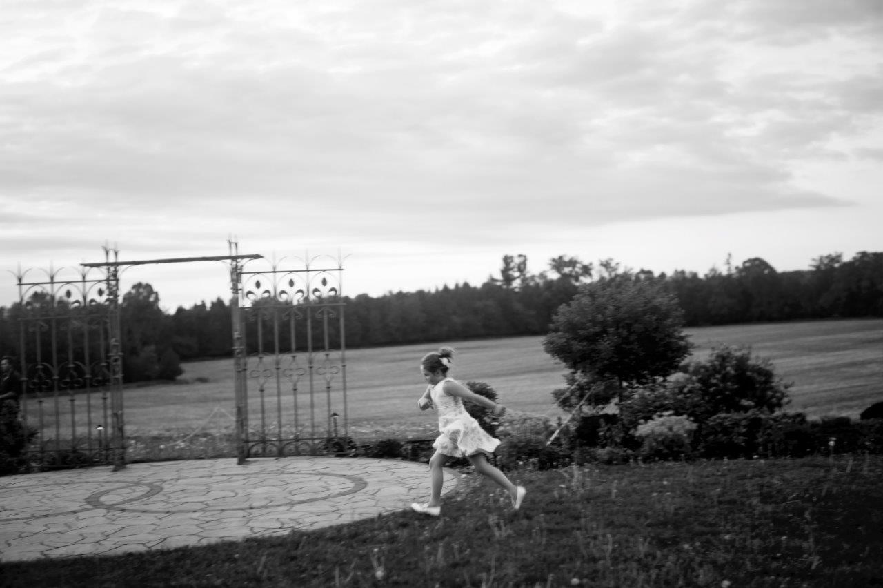 kathi robertson evermore weddings child running