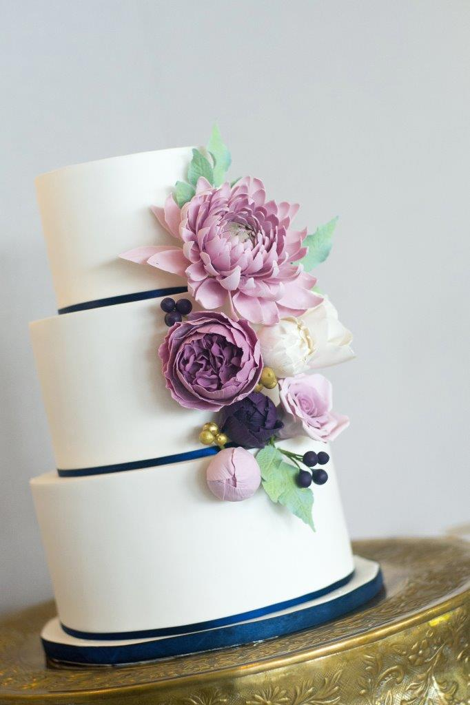 kathi robertson wedding le belvedere cake shot