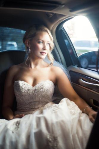 ottawa bride in car wedding day